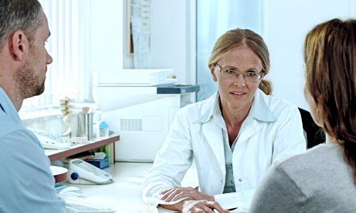 Какие выделения после овуляции, признаки нормы, патологические симптомы